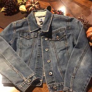 Adorable Gap jean jacket